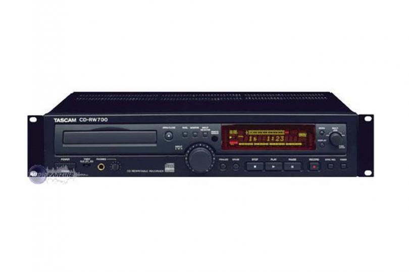 GRAVEUR CD CDR700 TASCAM